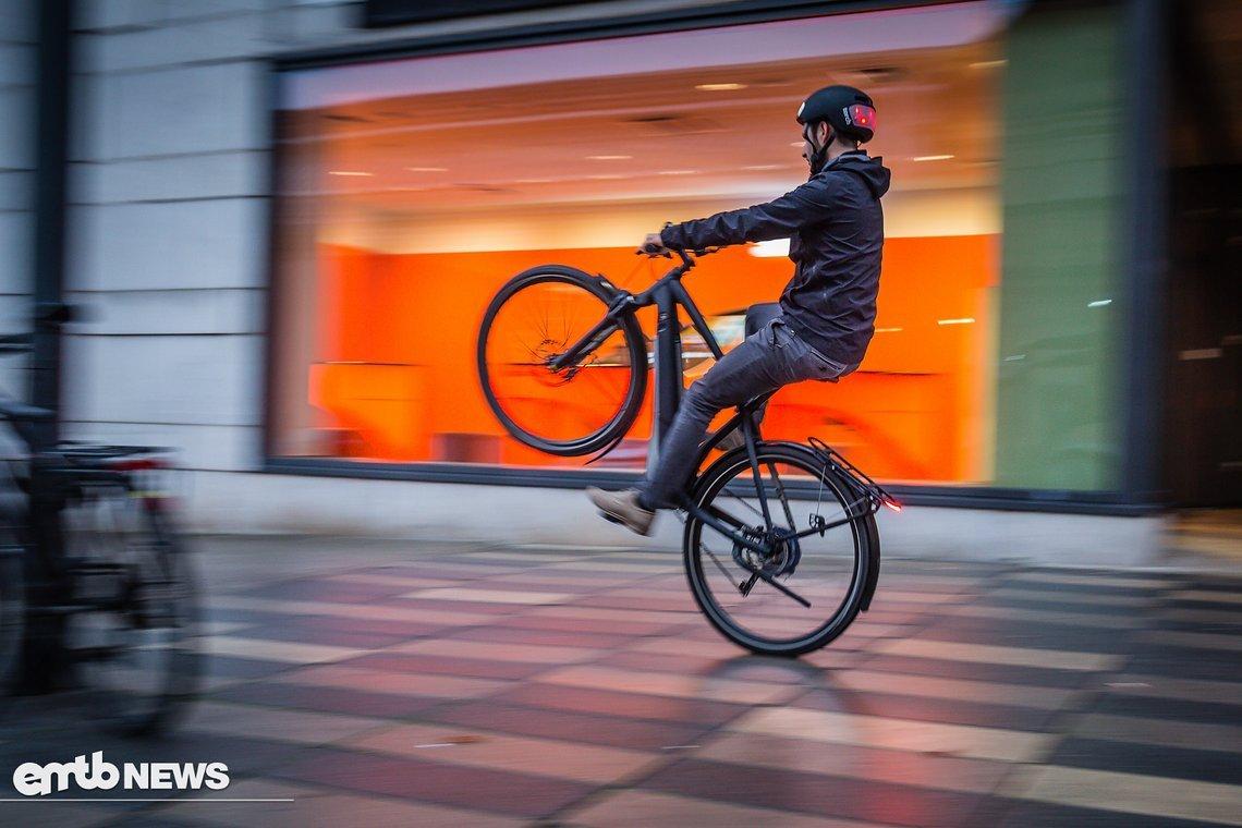 Spaßfaktor hoch 10: Das E-Bike ist super wendig und leicht zu manövrieren