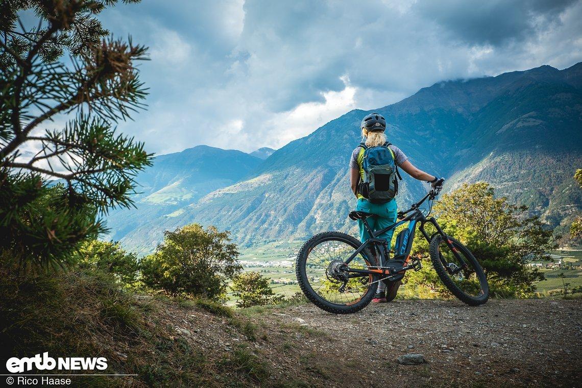 Coole Trails, leckere Äpfel, Dolce Vita und fantastische Panoramas – das bietet Latsch im Vinschgau