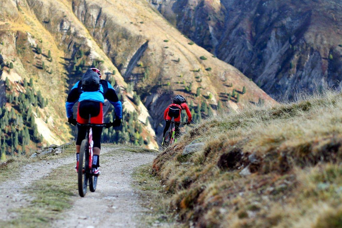 Den Caschauna-Pass nahmen Markus und Flor in Fullspeed