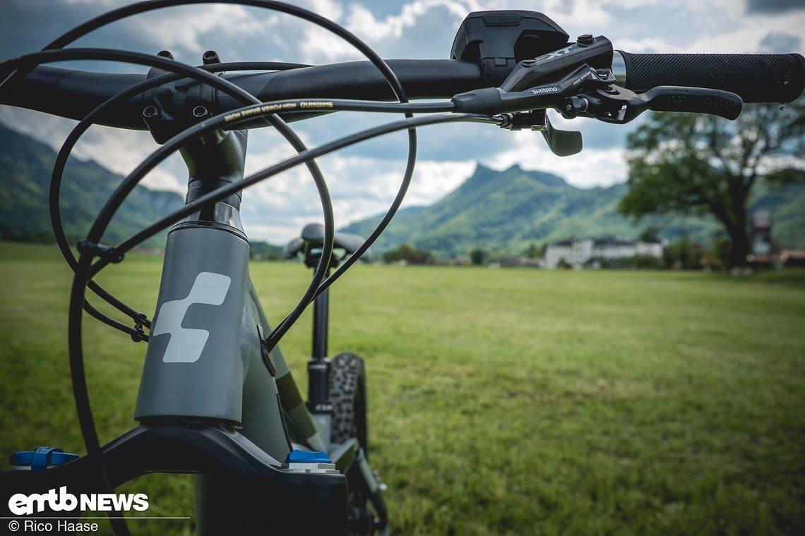 Ein Großteil der Ausstattung besteht aus Shimano XT-Komponenten