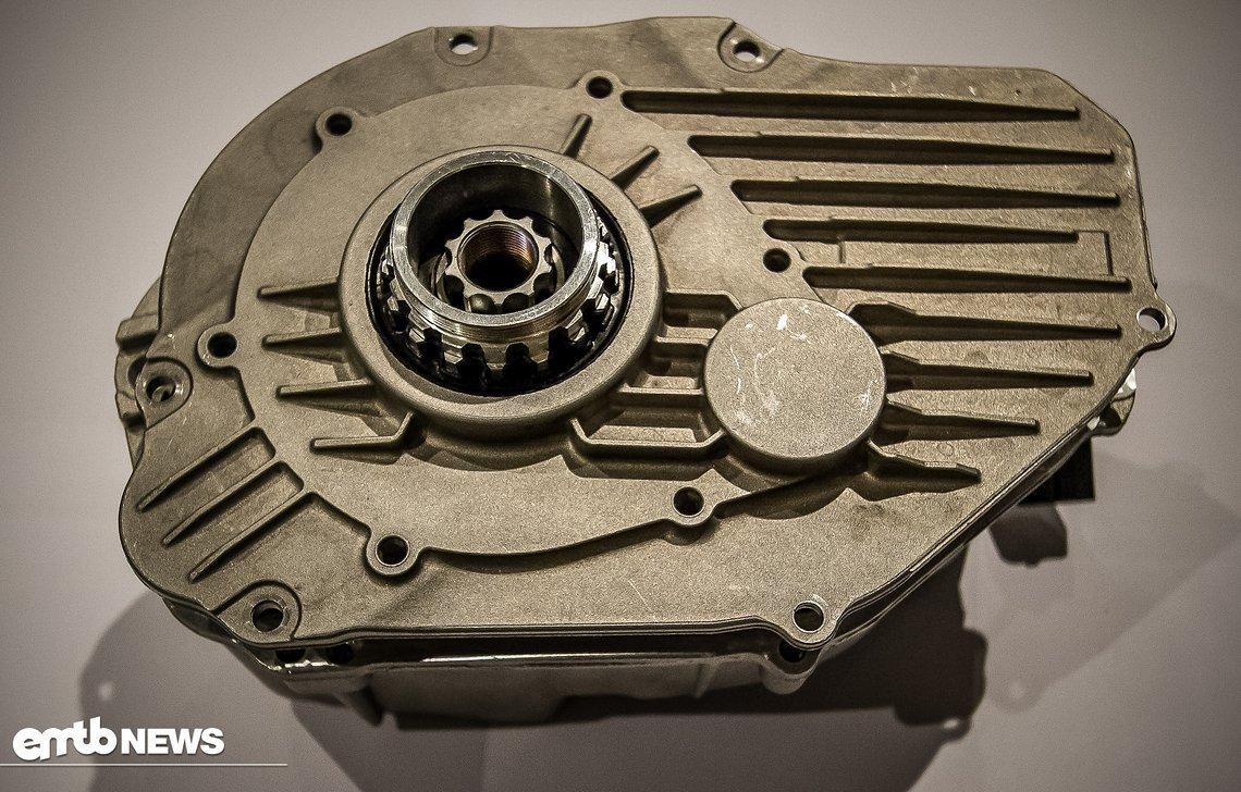 Dies ist der, normalerweise im Rahmen integrierte, Bosch CX Motor