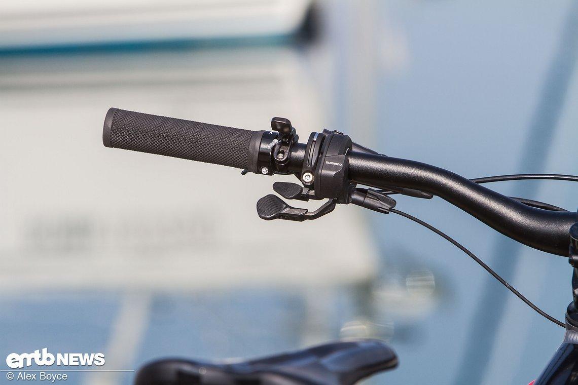 Mit diesem Shifter ändert man am Shimano Steps E8000-Motor die Unterstützungsmodi