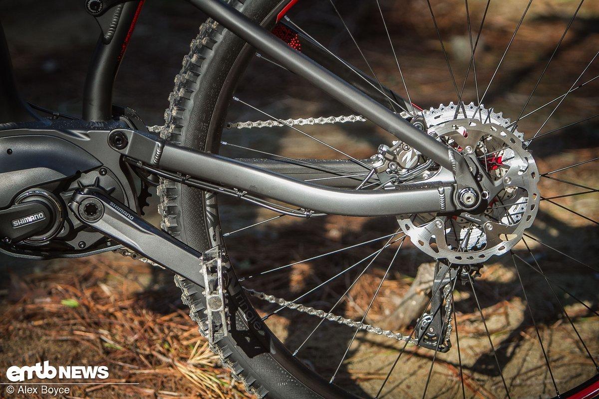 Das ist eine ziemlich kurze Kettenstrebe für ein 29er E-Bike....