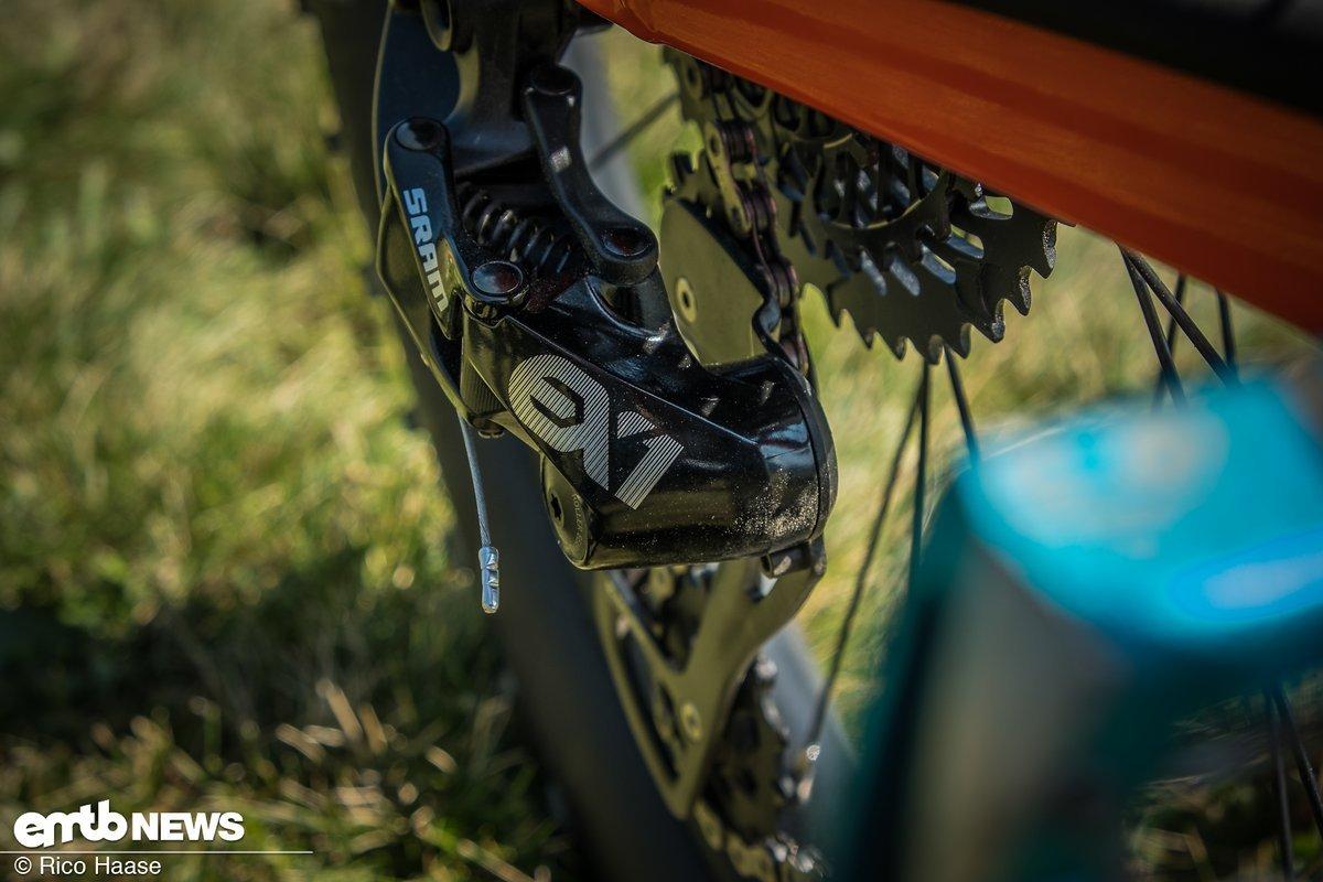 Wir sind bekennende Fans der E-Bike-spezifischen SRAM EX1-Schaltung mit 8-Gängen