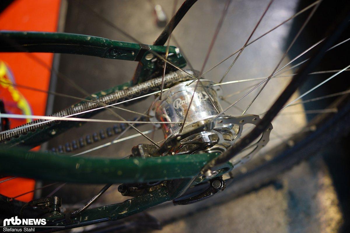 Die Rohloff bietet mit der elektronischen Ansteuerung und dem Zahnriemen die perfekte Ergänzung für vielbewegte E-Bikes