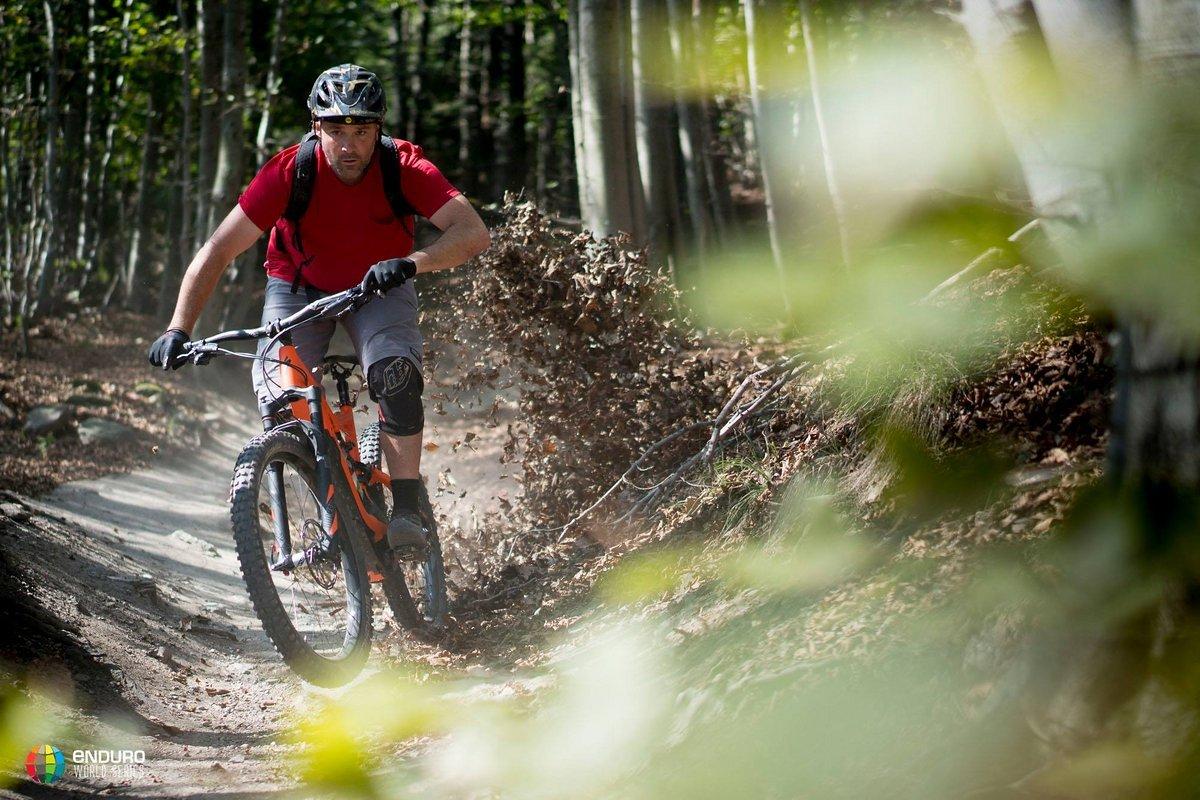 Den Fotografen der EWS erleichtern E-Bikes den Job ganz erheblich