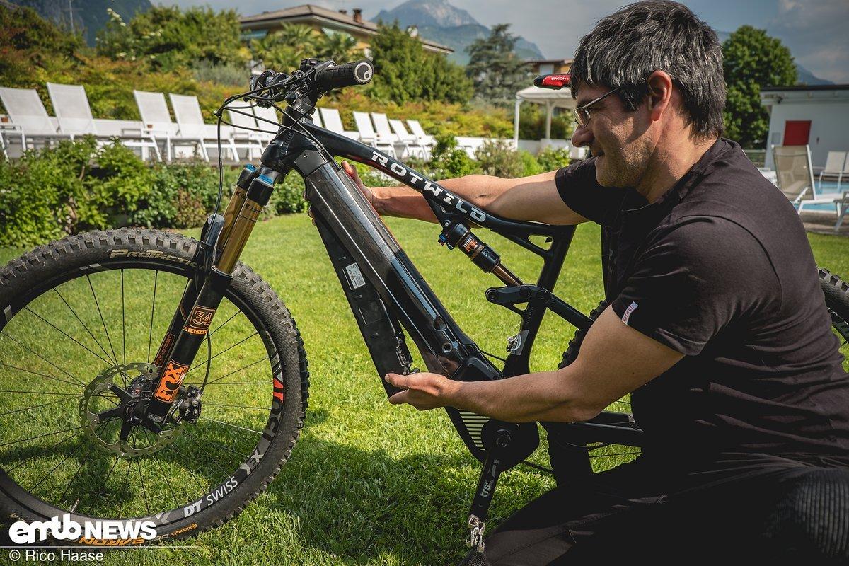 rotwild e bikes in zukunft mit wechselakku emtb. Black Bedroom Furniture Sets. Home Design Ideas