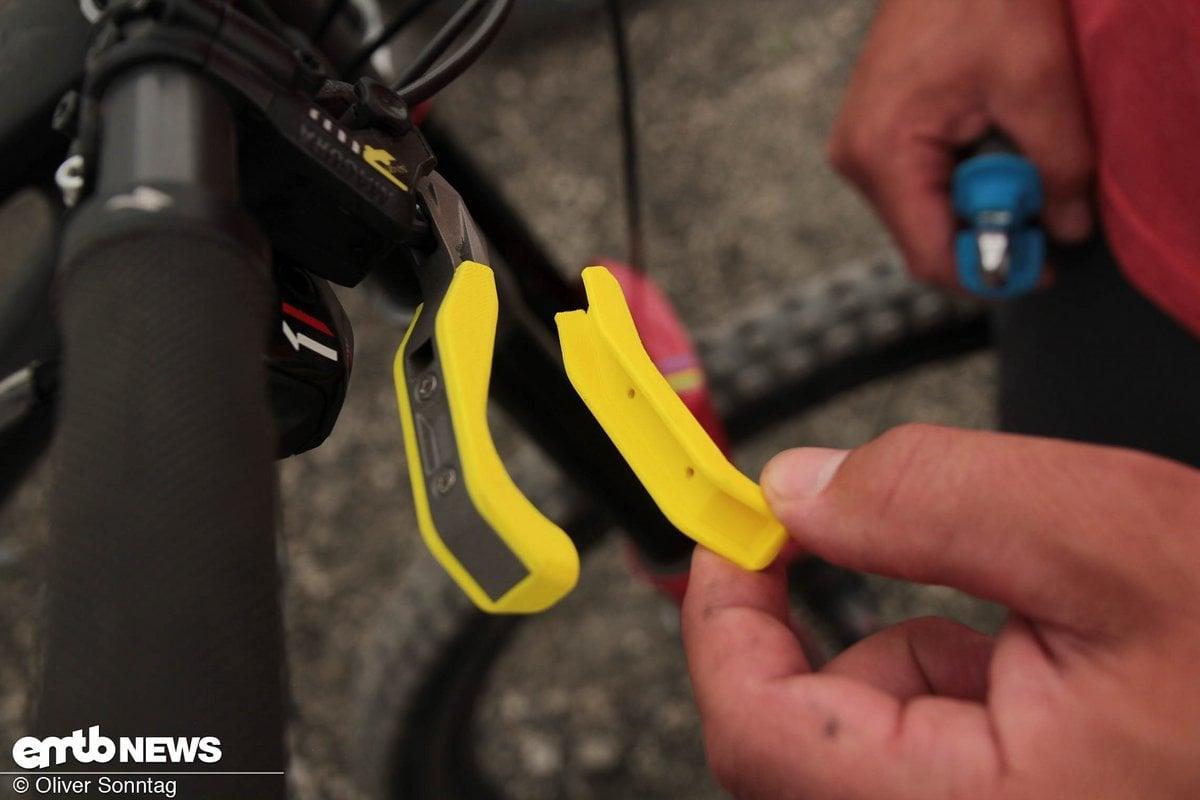 Das Druckteil lässt sich einfach mittels zwei Kreuzschlitz Schrauben wechseln