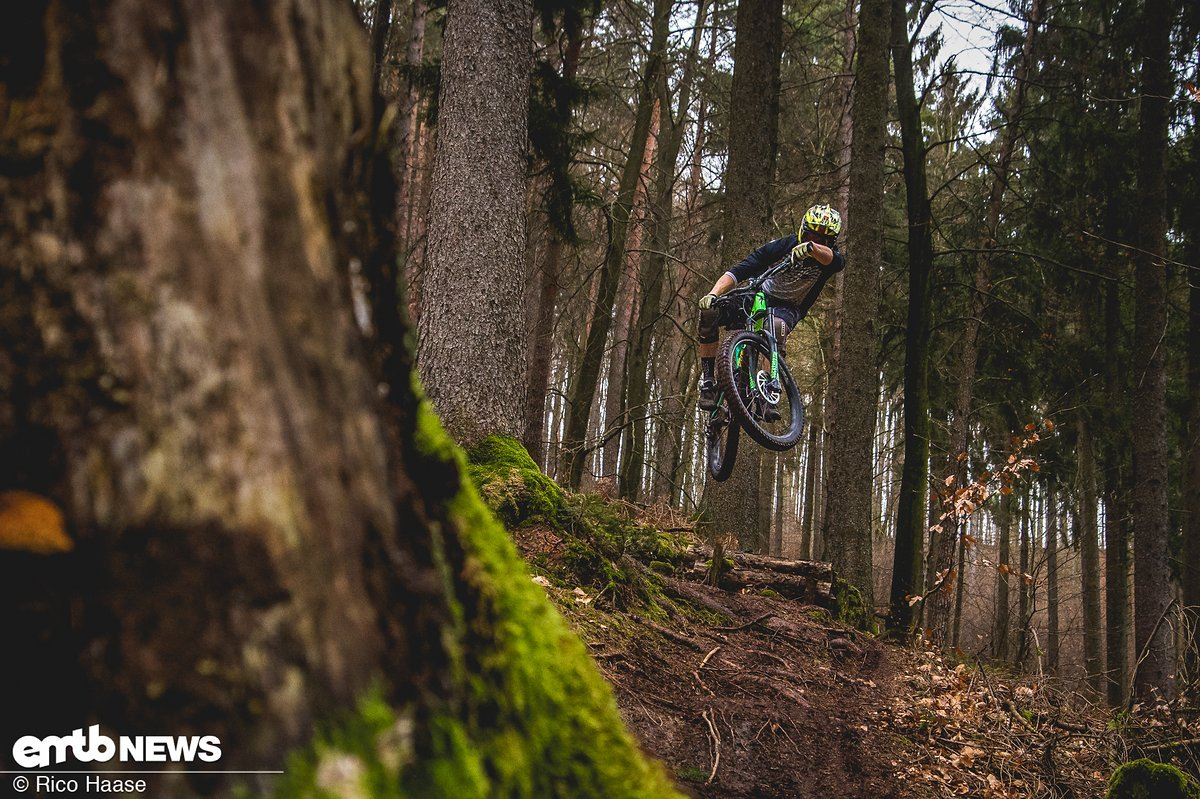 Specialized Kenevo FSR Expert review: Speedy E-Freerider with a coil