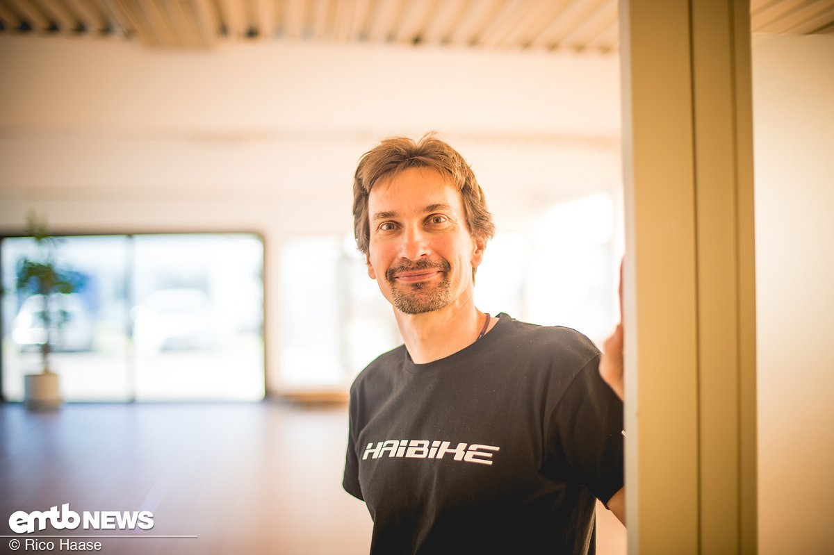 Andy Benz, Projekt Manager R&D, erklärte uns das smarte Tool eConnect