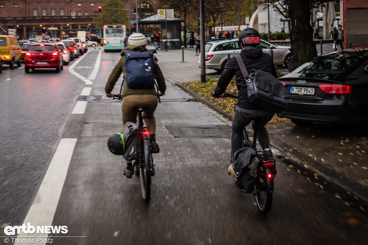 Pendeln ohne Rucksack oder Transport-Tasche? Eigentlich nicht möglich!