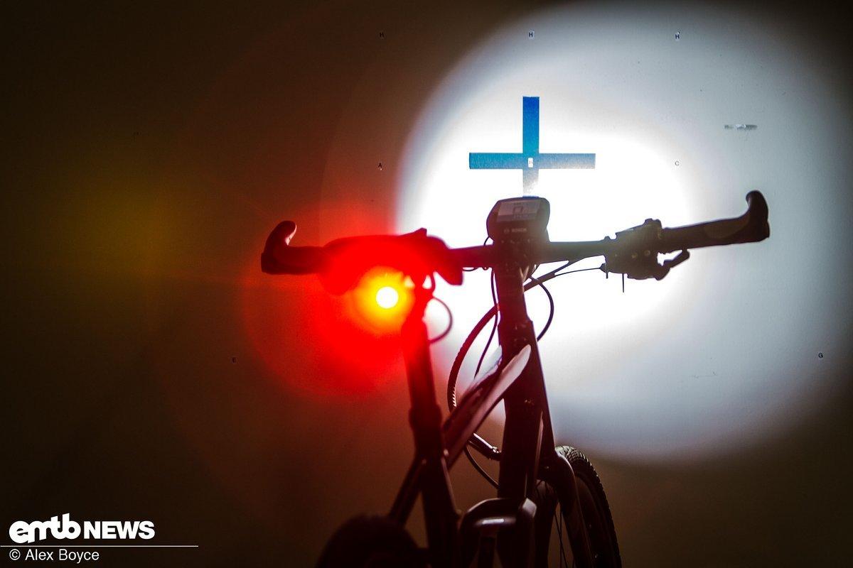Beleuchtung von Light and Motion an einem Testbike