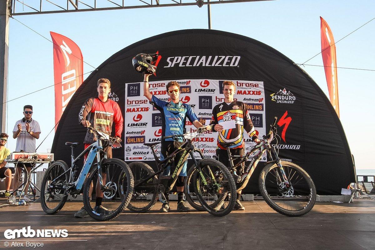 Simone Martinelli gewann den Gesamttitel der Junioren-Klasse und das Rennen in Varazze.