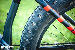 "Extrem dicke 26""-Reifen beim E-Fatbike erlauben extrem niedrige Reifendrücke"