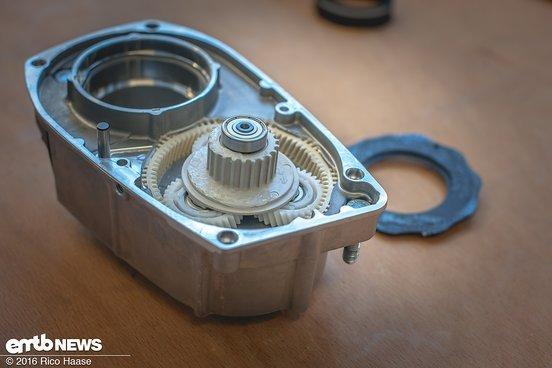 Hier seht ihr das Planetengetriebe im Motor