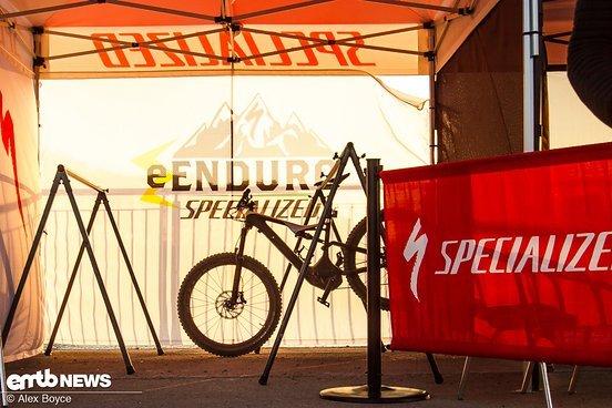 Specialized haben E-Bikes, eine Rennserie und sind überall präsent