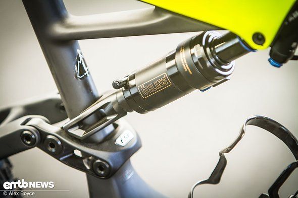 öhlins air shock, custom made for Specialized.