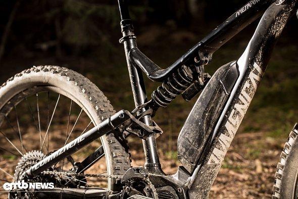 Ein Dämpfer mit Stahlfeder ist perfekt für ein Bike, das auf der Abfahrt zu Hause ist!