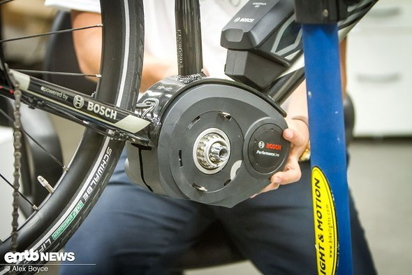 Workshop: How to install lights on a Bosch E-Bike – eMTB-News de
