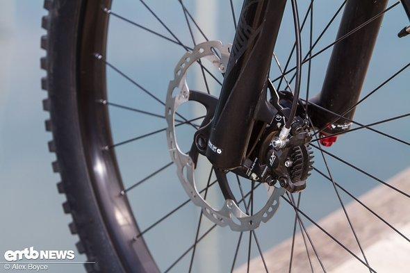 Shimano XT-Bremsen sind auch am E-Bike sehr zuverlässig.