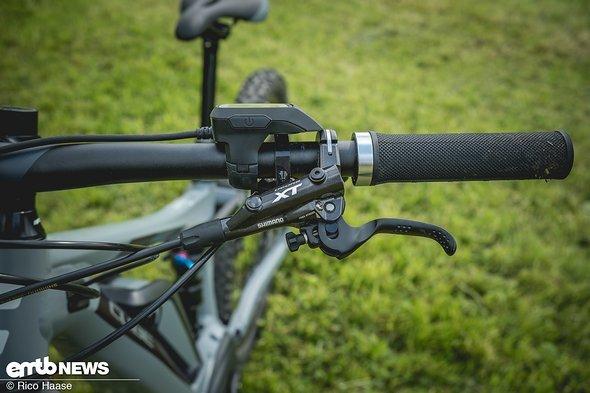 Ergonomisch top und Bremspower satt – die Shimano XT-Bremsen