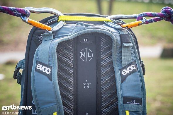 Es gibt den Rucksack in der Größe M/L