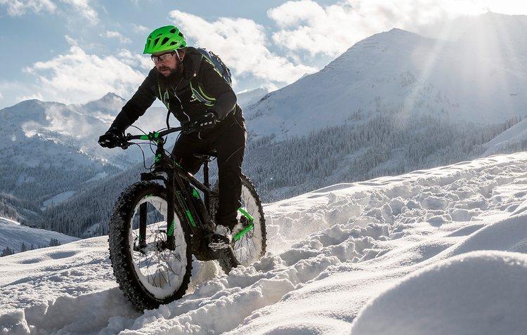 Voller Akku, traumhafte Kulisse und weicher Schnee