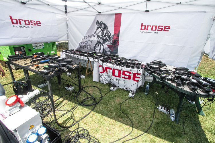 Die Brose-Ladestation auf der Hälfte des Rennens